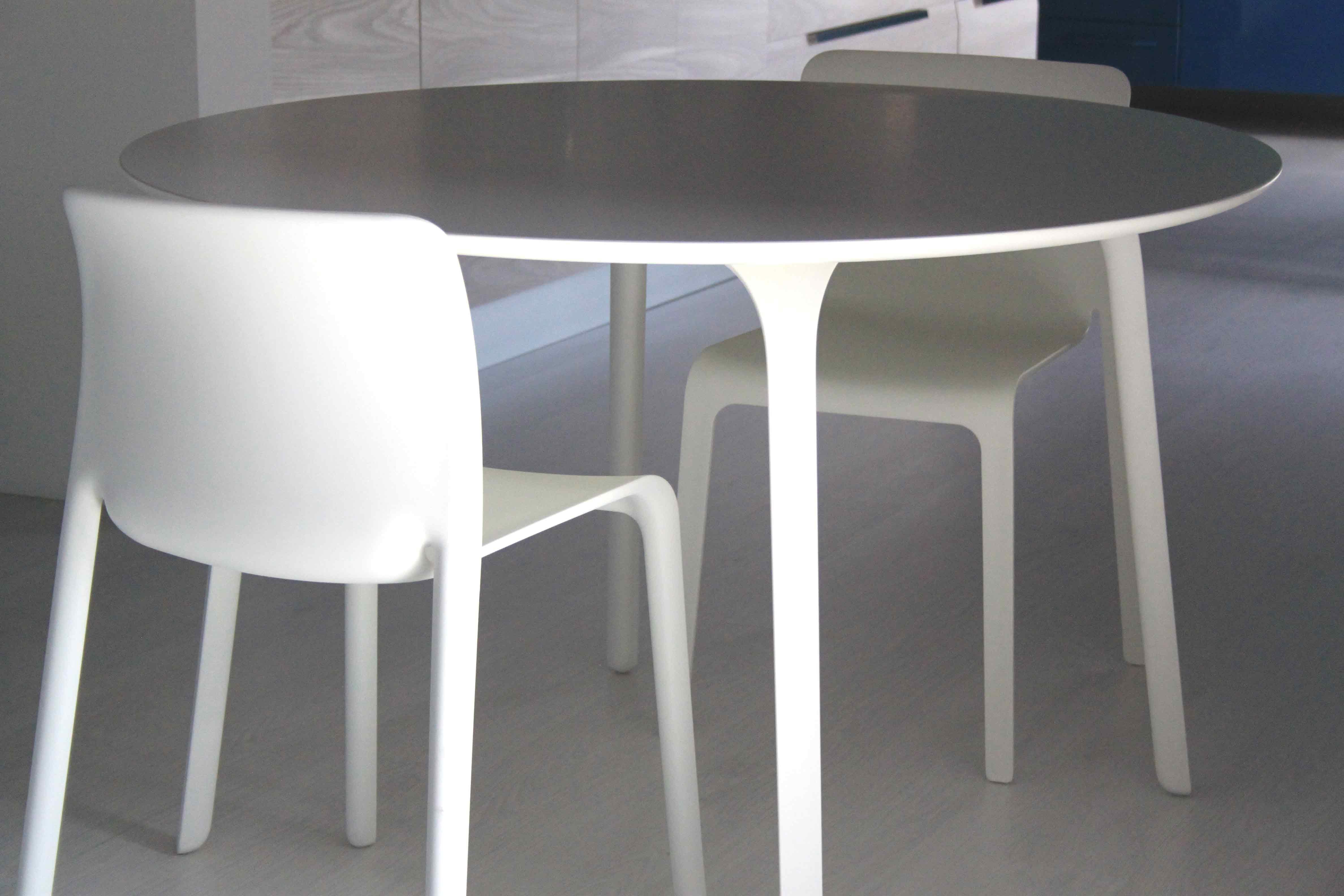 Tavolo Mod First Magis Leonetti Design